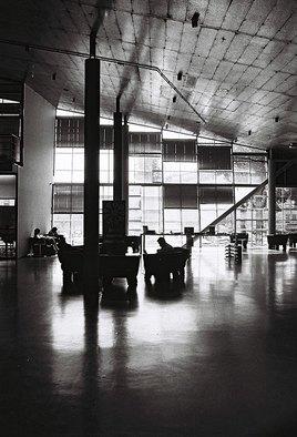Exposition Photo - ADRIAN