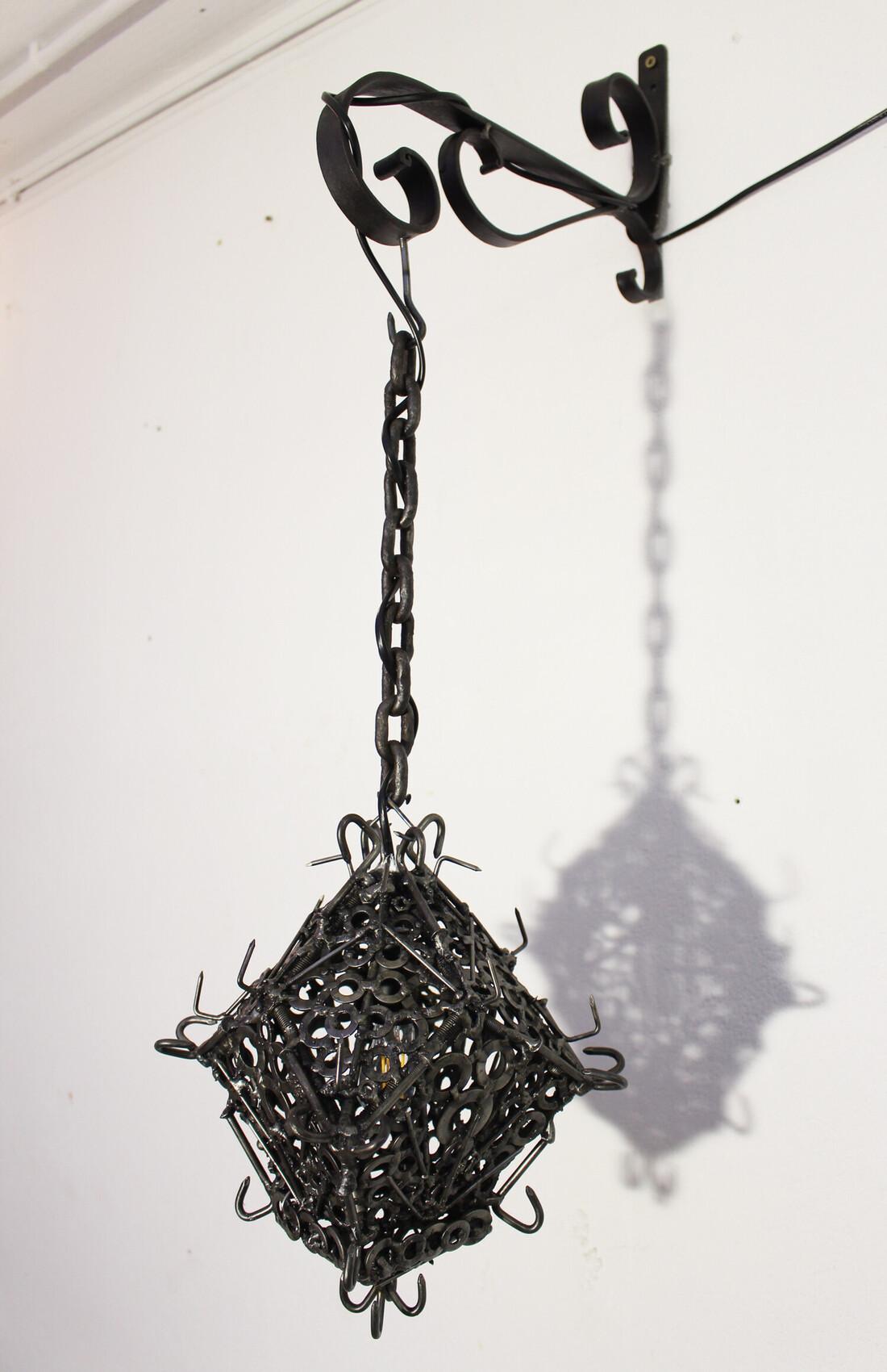 Soudure / Sculpture contemporaine : Lanterne de fer.