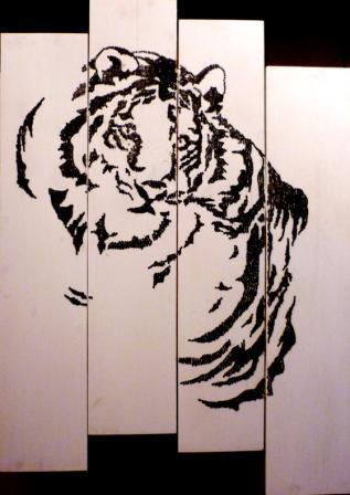 le tigre en clous