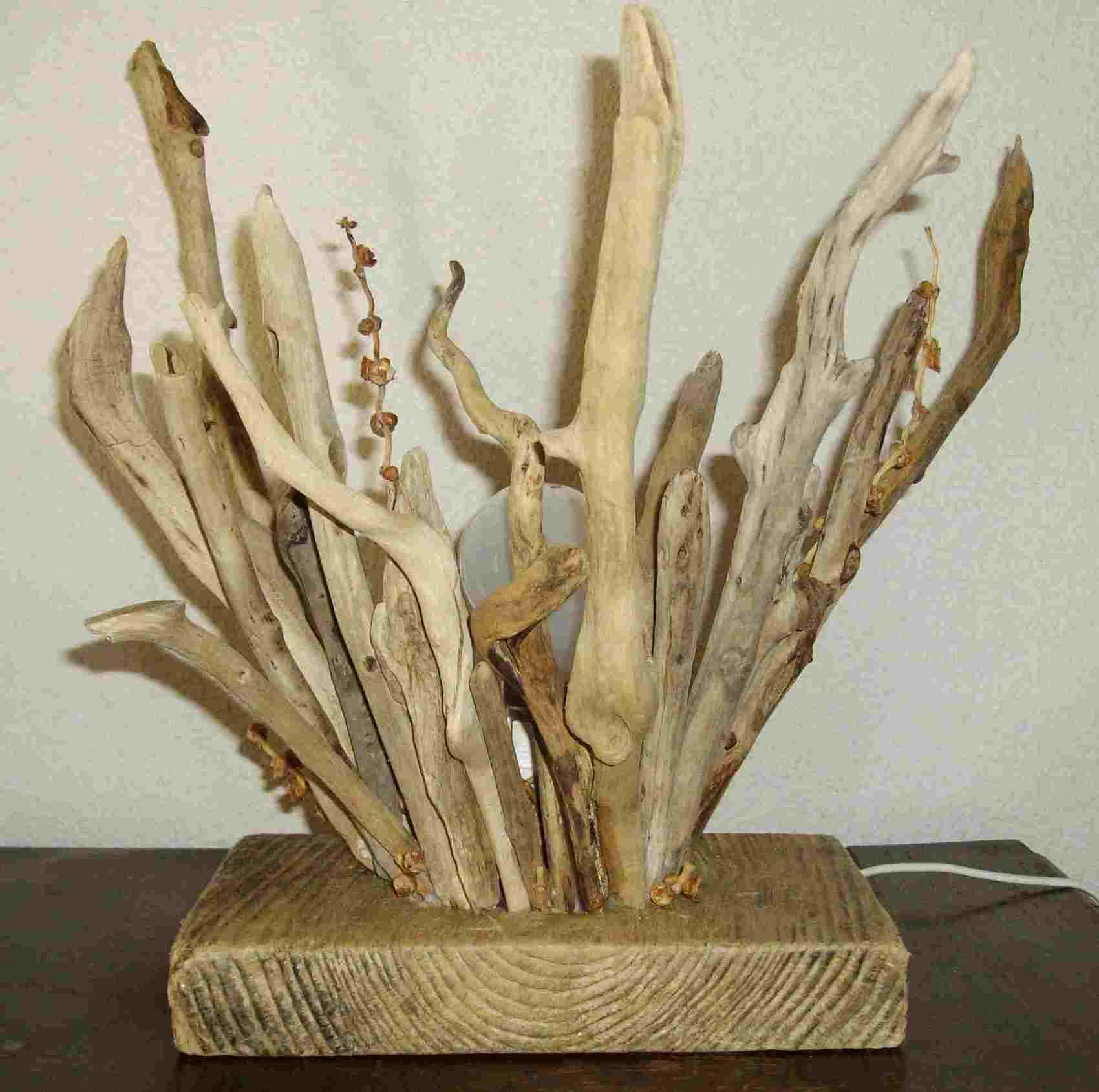 Sculpture bouquet de bois for Bouquet bois flotte