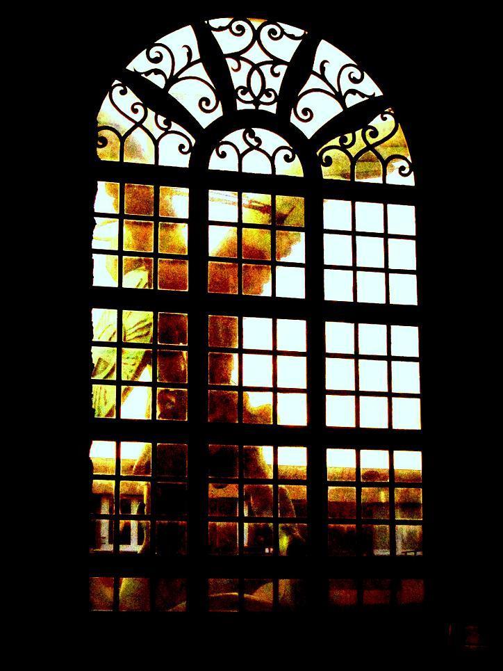 Ange dans la fenêtre