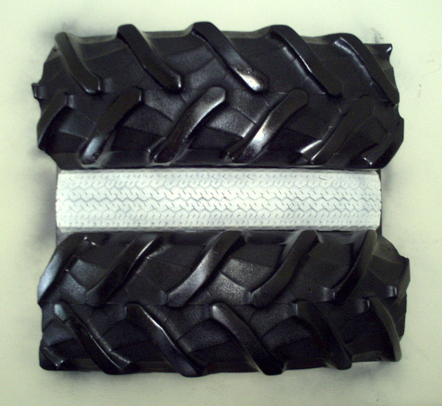 sculpture pneu sculpture. Black Bedroom Furniture Sets. Home Design Ideas