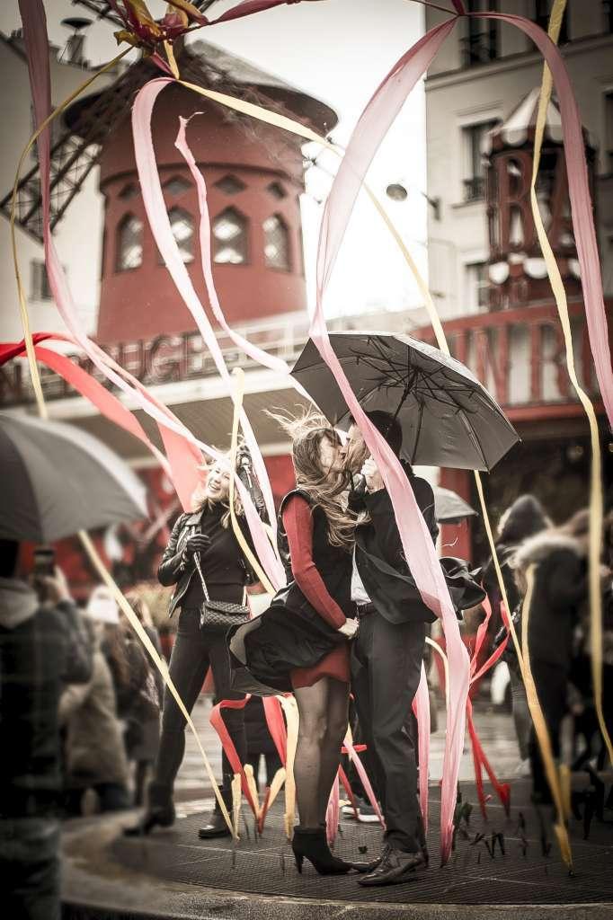 Le baiser du Moulin Rouge