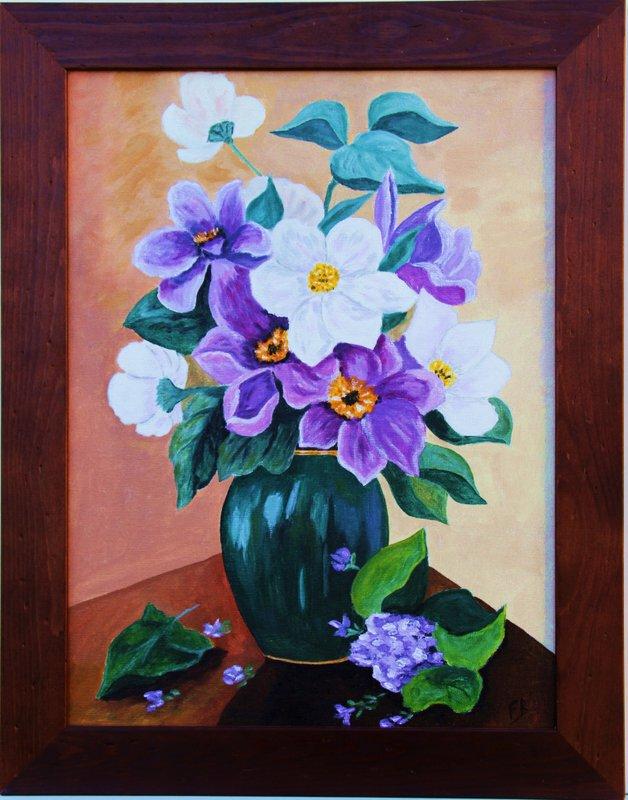 Vase au fleurs mauves