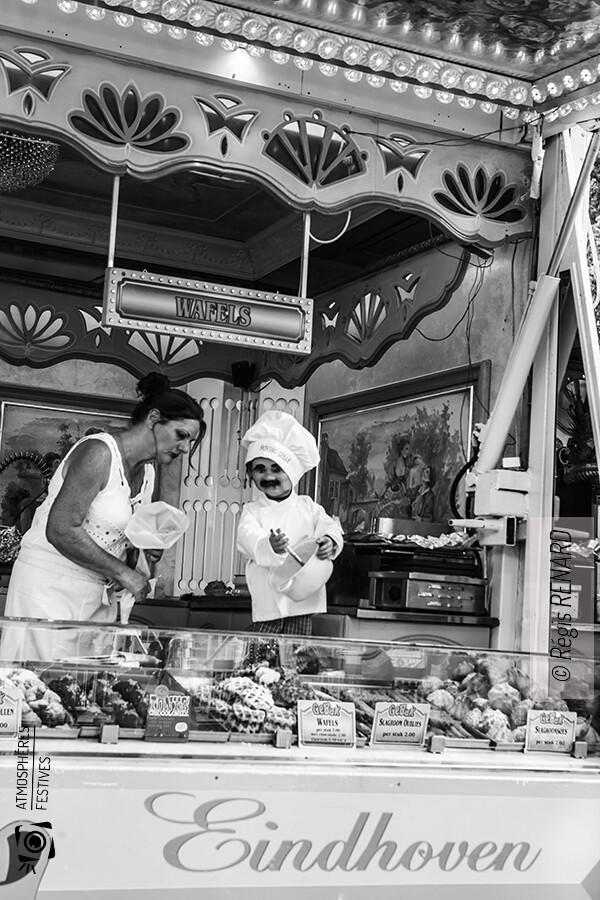 Manège : La pâtissière et le pâtissier