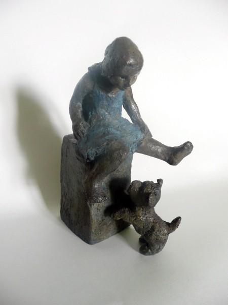 La fillette et le chien