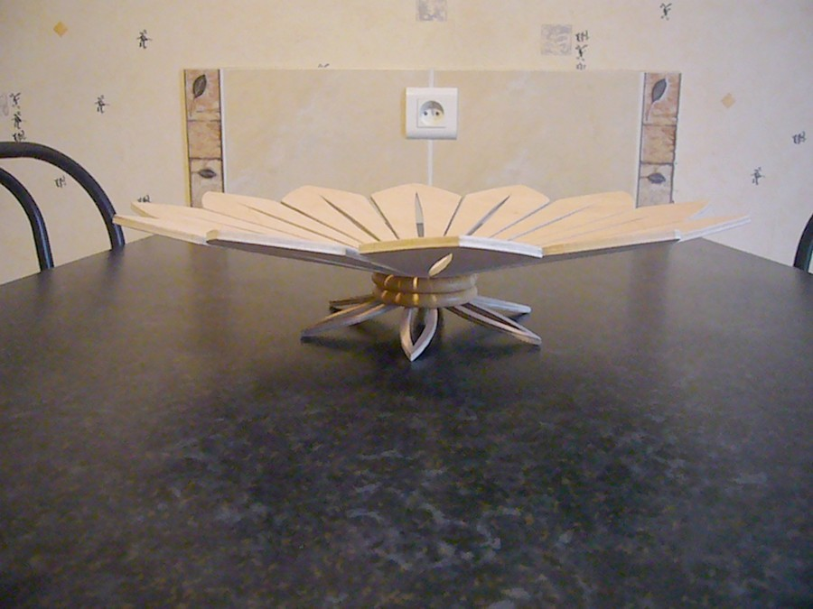 Sculpture corbeille en bois for Corbeille en bois flotte