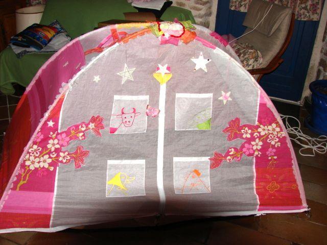 autre tente de lit. Black Bedroom Furniture Sets. Home Design Ideas