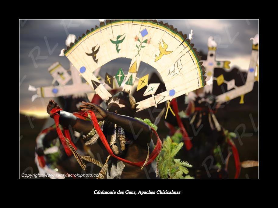 Apaches, la Danse des Esprits de la Montagne !