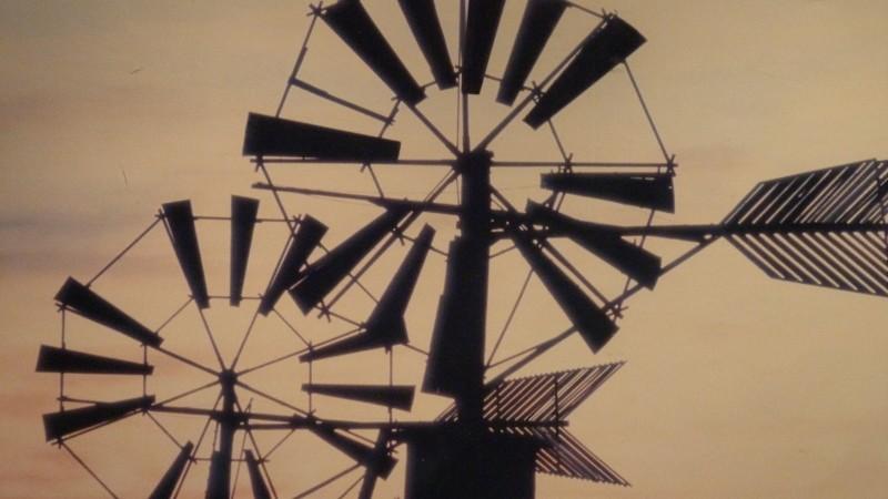 éolienne avec pompe à eau