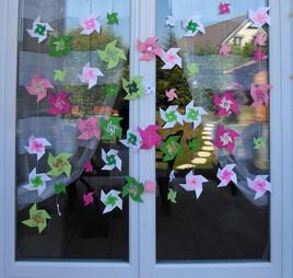 Guirlandes de moulins en origami