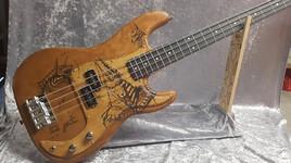 basse guitare anubis