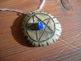 pendentif rune pentacle 2