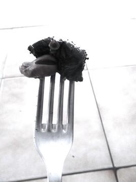 La main dans ton assiette !
