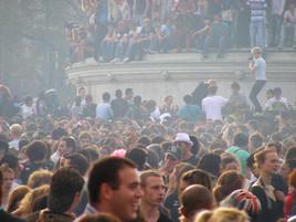 foule, techno parade, paris