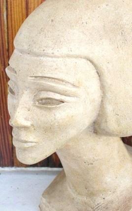 petit buste égyptien.