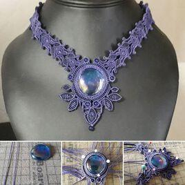 collier perle de verre et Lapis Lazuli