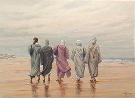 Femmes marocaines en promenade à la plage