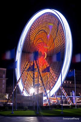 La Grande roue dans le vent