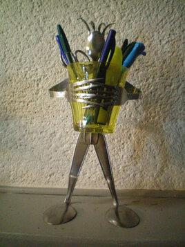 Porte stylos et éléments bureautique