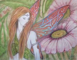 Une fée parmi les fleurs