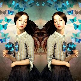 2 âmes soeurs avec papillons