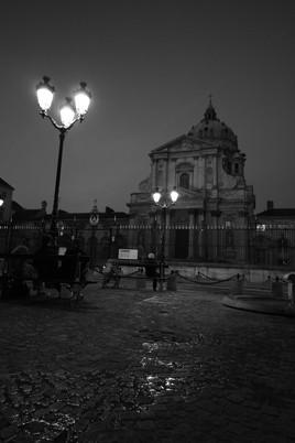 Au Val-de-Grâce, la nuit