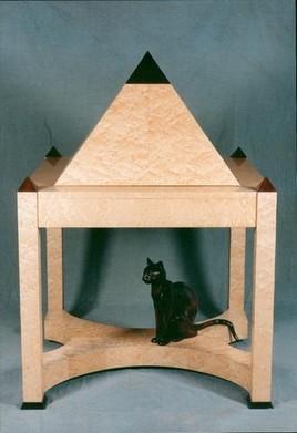 Secrétaire Pyramide par Pascal Fouratier