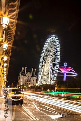 """Manège : """"Paris est une fête."""""""