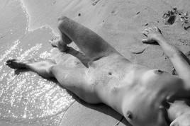 nu sur la plage