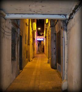 Passage (2)