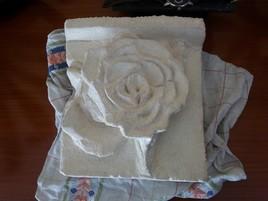 Rose de pierre