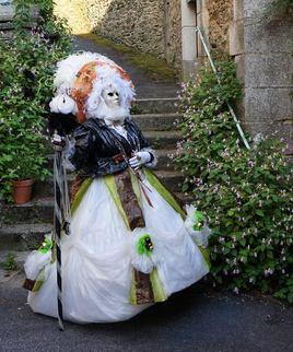 Costume vénitien en sac poubelle