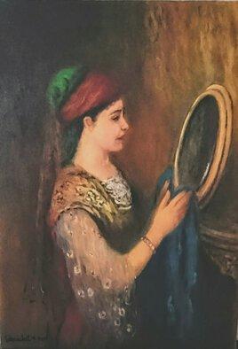 Fille constantinoise se regardant dans un miroir