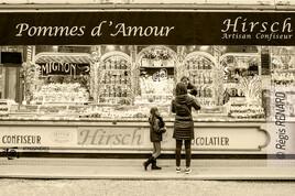 Manège : La marchande de bonbons