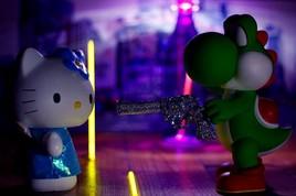 Hello Kitty vs Yoshi