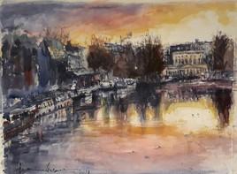 Le Bassin de la Villette  et vue sur la Rotonde.      Paris