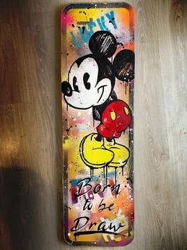 Mickey born to be drawn