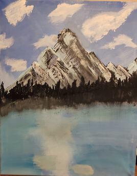 Montagne sur rive