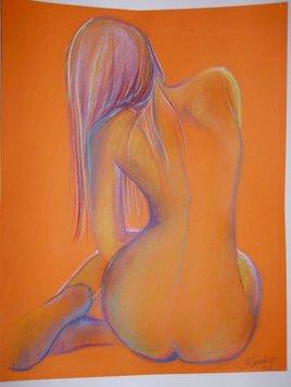 nue sur fond orange