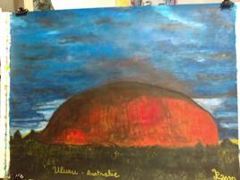 ULURU (AUSTRALIE), le mont sacré au crépuscule.