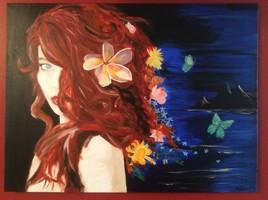 Femme aux cheveux colorés