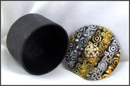 Boite décorative jaune et noir en argile polymère - img2