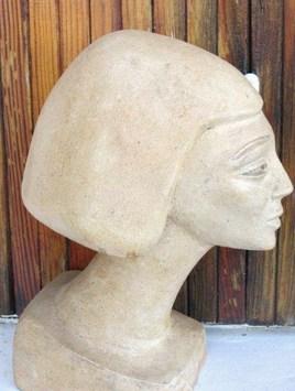 buste de reine égyptienne.