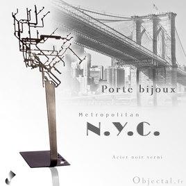 Porte bijoux Metro New York en acier by Objectal