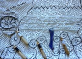 L'arbre à fils et la petite dentellière steampunk, bobines et fuseaux