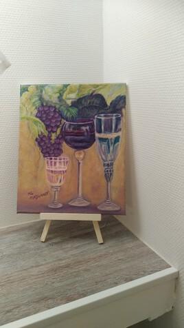 Raisin et verres de vin