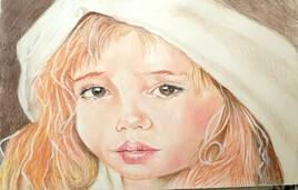 La petite fille au chapeau blanc