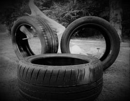 un pneu de repos