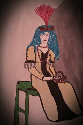 La femme aux cheveux bleus assise sur une table verte